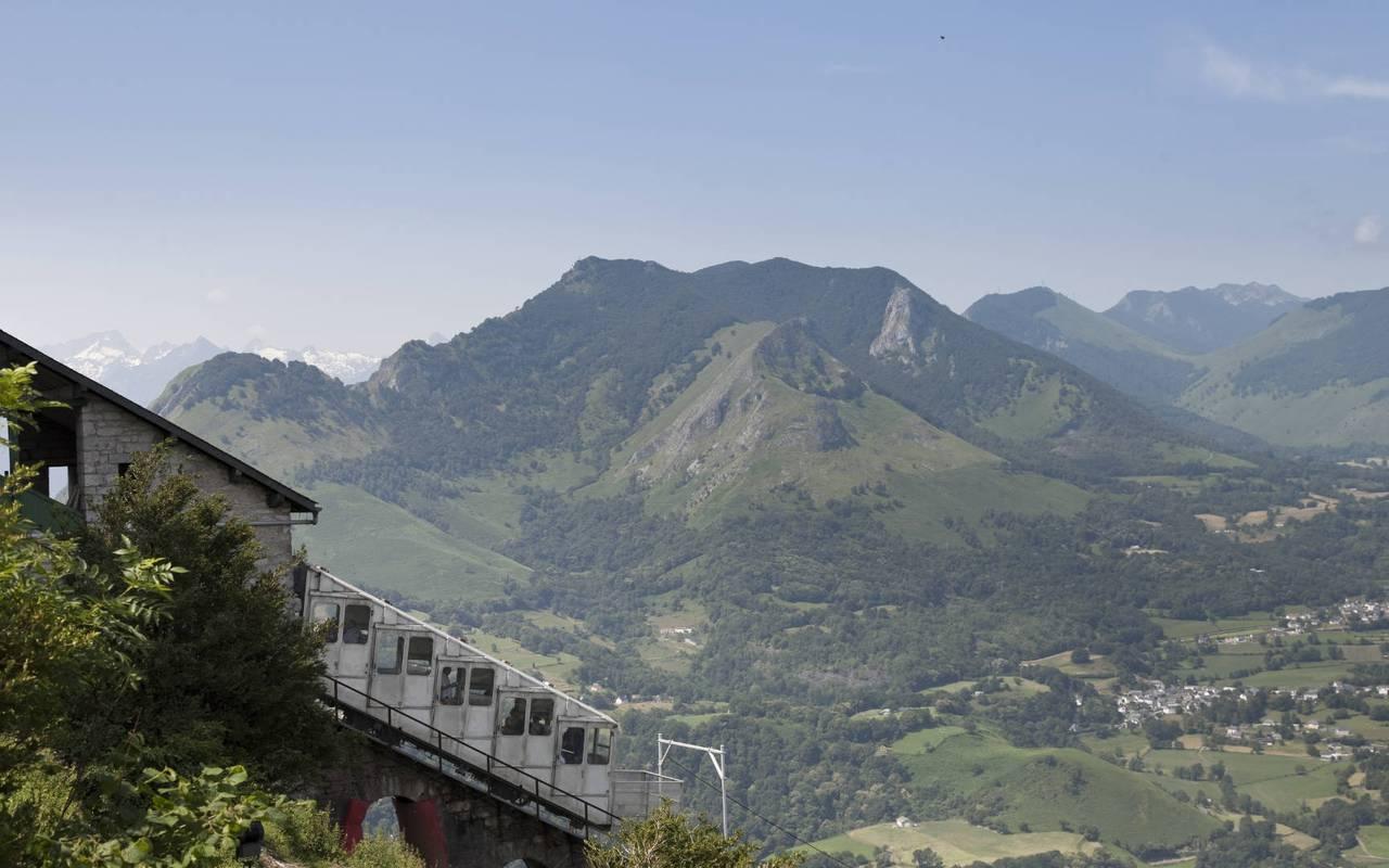 Mountain view, Lourdes activities, Hôtels Vinuales