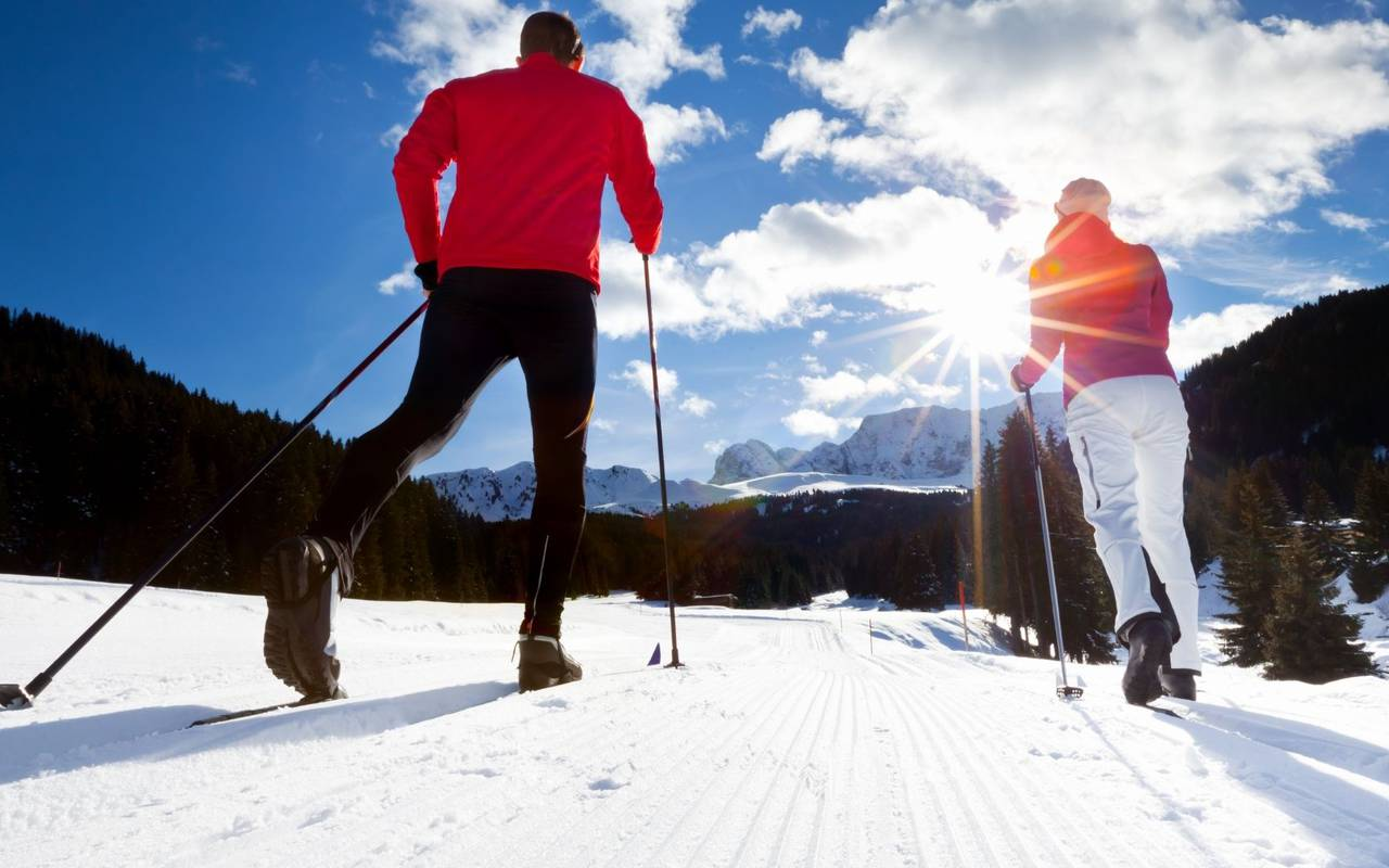 Cross-country skiing, stay in the hautes pyrénées, Hôtels Vinuales