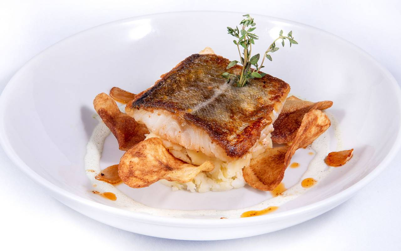 Plat de poisson, hotel restaurant à Lourdes, hôtel Panorama