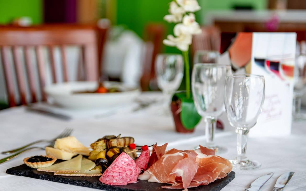 Repas, hotel restaurant à Lourdes, hôtel Panorama