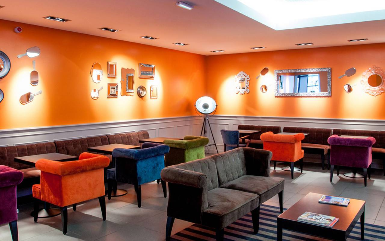 Salon, hotel restaurant à Lourdes, hôtel Panorama